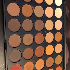 Morphe 350m palette